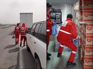 Bulgaristan'da Bekleyen Sürücülerimize Kumanya Dağıtımı Devam Ediyor