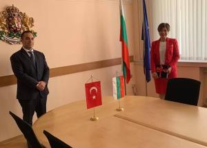 Sofya Büyükelçimiz Aylin Sekizkök, Bulgaristan Ekonomi Bakanı'na TIR Geçişlerinde Yaşanan Sıkıntıları Aktardı