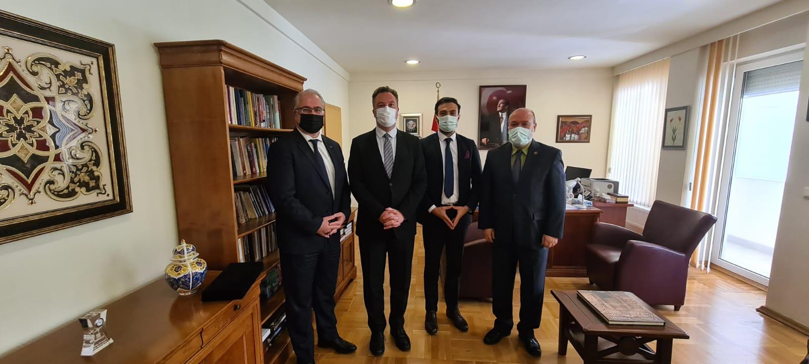 UND, Göreve Yeni Atanan Filibe Başkonsolosu Sayın Korhan Küngerü'yü Makamında Ziyaret Etti