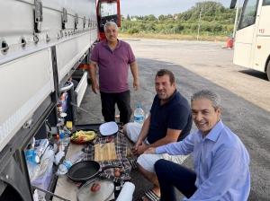 Belgrad Büyükelçisi Sayın Hami Aksoy Sırbistan'da Türk Sürücülerimizle Bir Araya Geldi